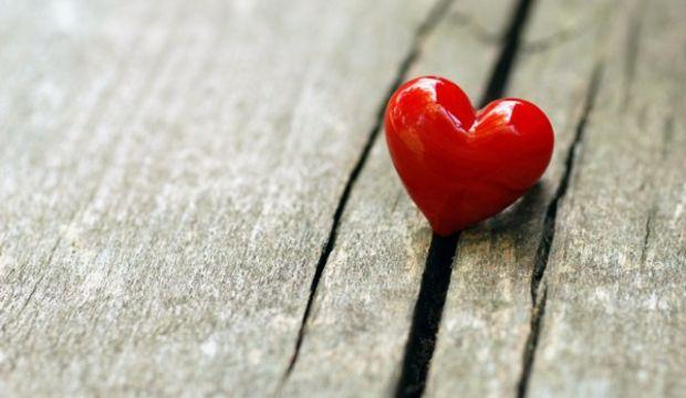 Robert Sternberg – Aşk üçgen kuramı