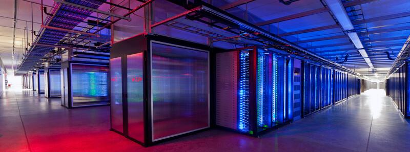 Data centerlar iki şekilde servis vermektedir.
