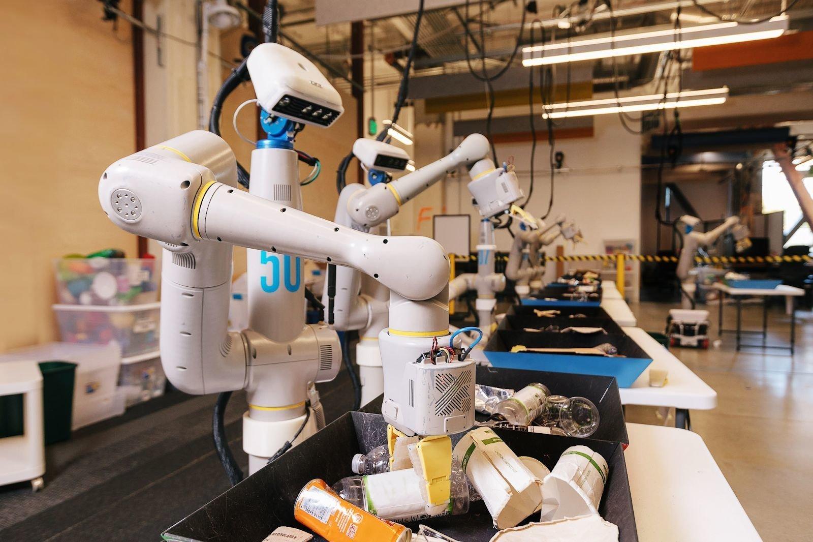 Hayatımıza Ev İşlerine Yardım Eden Robotlar Giriyor
